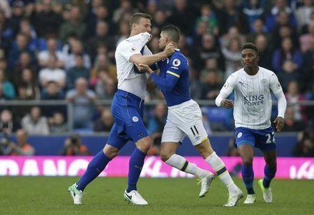 Britain Football Soccer - Everton v Leicester City - Premier League - Goodison Park - 9/4/17 Everton's Kevin Mirallas clashes with Leicester City's Robert Huth Reuters / Andrew Yates Livepic