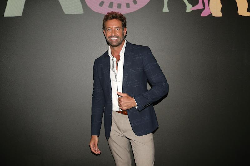 MEXICO CITY, MEXICO - OCTOBER 23: Gabriel Soto poses for photos during 'Soltero con hijos' Presentation at Televisa San Angel on October 23, 2019 in Mexico City, Mexico. (Photo by Adrián Monroy/Medios y Media/Getty Images)