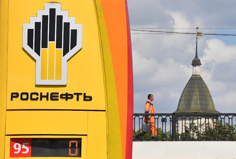 Rosneft, headed by an ally of Russian President Vladimir Putin, is seen as being an increasingly important took in Russia's foreign policy kit. (AFP Photo/Yuri KADOBNOV)