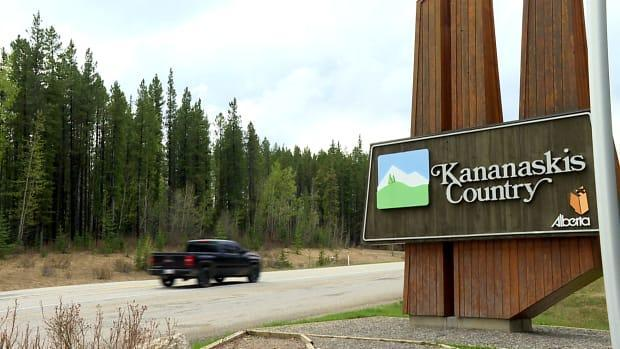 The provincial government announced in April that it would be bring in an annual $90 fee for access to Kananaskis Country. That goes into effect next Tuesday. (Dave Gilson/CBC - image credit)