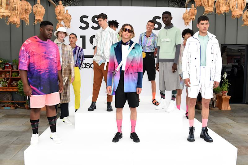 LONDON, ENGLAND - JUNE 08: Models pose at the ASOS Menswear SS19 LFWM Presentation at Ham Yard Hotel on June 8, 2018 in London, England. (Photo by David M. Benett/Dave Benett/Getty Images for ASOS)