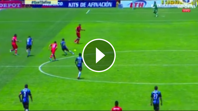 VIDEO: El golazo de Sanvezzo desde media cancha vs. Toluca