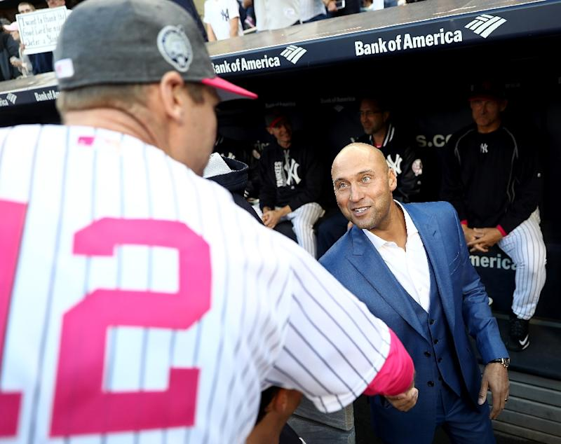 online store 570e6 c8ffd Yankees retire Jeter's number 2 jersey
