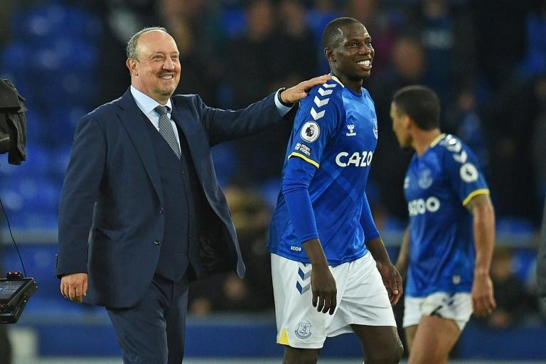 Rafael Benitez (left)has taken 10 points from his opening four Premier League games as Everton manager (AFP/Oli SCARFF)