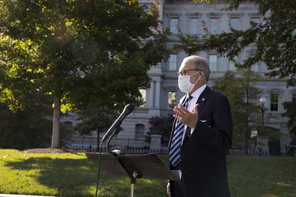 WASHINGTON, DC - OCTOBER 21: White House National Economic Council Director Larry Kudlow talks to reporters outside the West Wing  on October 21, 2020 in Washington, DC. (Photo by Tasos Katopodis/Getty Images)