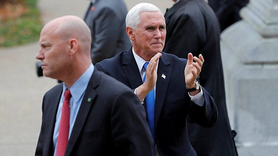 Mike Pence y Marc Shot