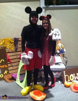 """Vía <a href=""""http://www.costume-works.com/costumes_for_couples/mickey-and-minnie.html"""" target=""""_blank"""">Costume-Works.com</a>"""