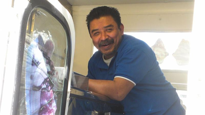 Neighbors rally behind beloved ice cream man after heart attack