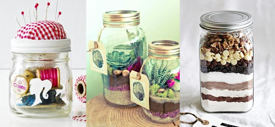 Who wouldn't want to receive one of these awesome gifts in jars? [Photo: Pinterest/Yahoo Style UK]