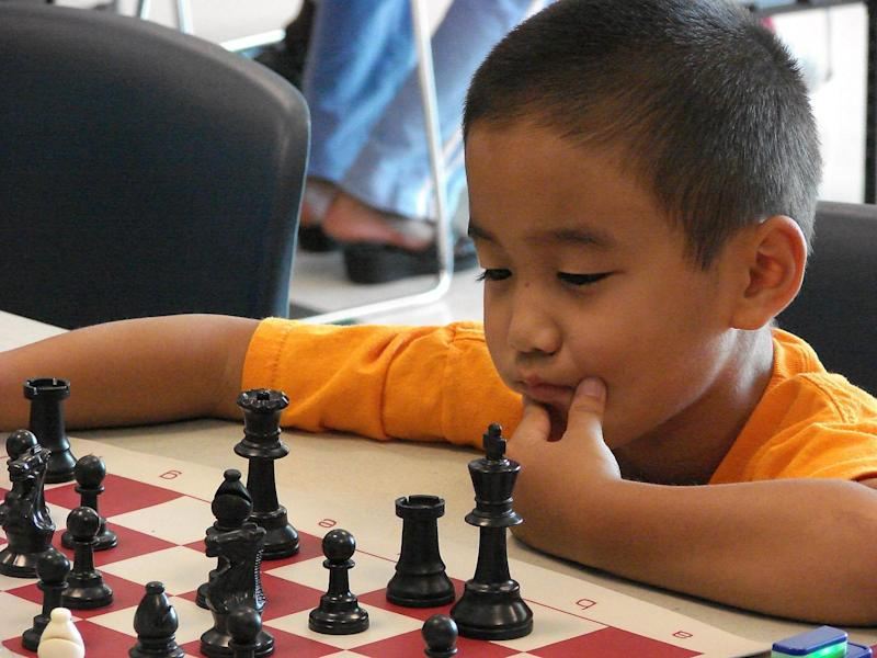 Playing chess seems to exert moderate effects on cognitive ability (Creative Commons/David R Tribble)