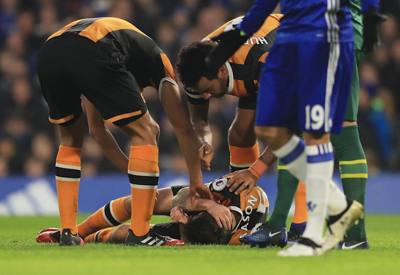 Cahill 'devastated' as Hull's Mason forced to retire