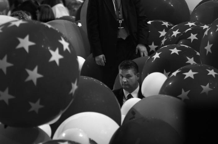 <p>Secret Service agents are covered by balloons at the Democratic National Convention Thursday, July 28, 2016, in Philadelphia, PA. (Photo: Khue Bui for Yahoo News)</p>