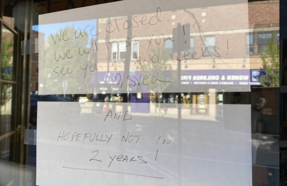 Restaurants in Chicago remain closed for dine-in. (Yahoo)