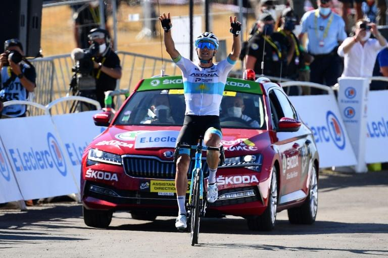 Lutsenko wins Tour de France stage six as Yates hold overall lead