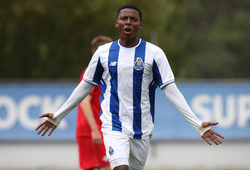 OLIVAL, PORTUGAL - NOVEMBER 1: FC Porto forward Junior Joao Maleck Robles celebrates after scoring a goal during the UEFA Youth League match between FC Porto and RB Leipzig at Centro de Estagios do Olival on November 1, 2017 in Olival, Portugal. (Photo by Gualter Fatia/Getty Images)