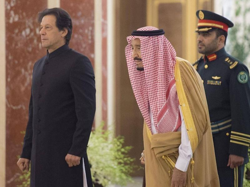 Imran Khan with the king of Saudi Arabia, Salman bin Abdulaziz Al Saud, at Al-Salam Royal Palace in Jeddah in September (Getty)
