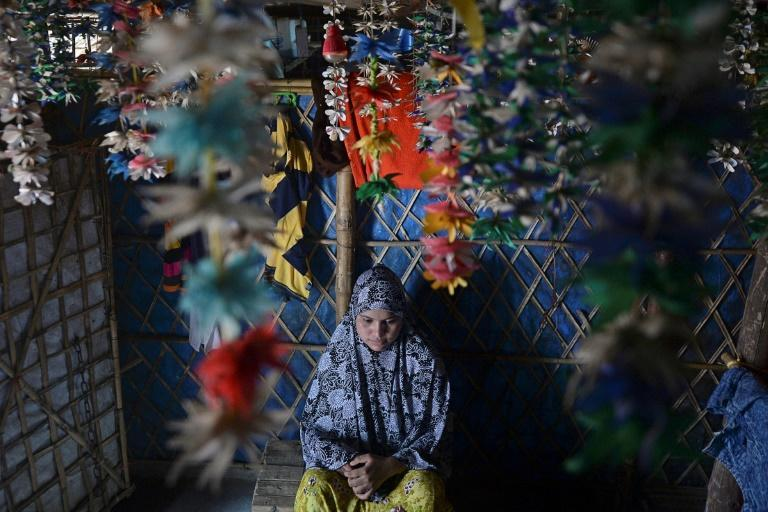 Virtual, international weddings have become popular in refugee camps as many families struggle to afford traditional dowries