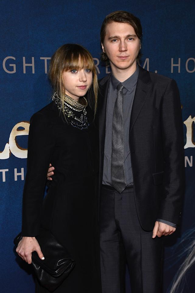 """NEW YORK, NY - DECEMBER 10:  Zoe Kazan and Paul Dano attend the """"Les Miserables"""" New York Premiere at Ziegfeld Theatre on December 10, 2012 in New York City.  (Photo by Larry Busacca/Getty Images)"""