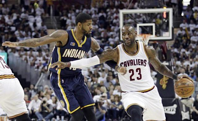 "All that stopped <a class=""link rapid-noclick-resp"" href=""/nba/players/4725/"" data-ylk=""slk:Paul George"">Paul George</a> from teaming with <a class=""link rapid-noclick-resp"" href=""/nba/players/3704/"" data-ylk=""slk:LeBron James"">LeBron James</a>, apparently, was one text message. (AP)"