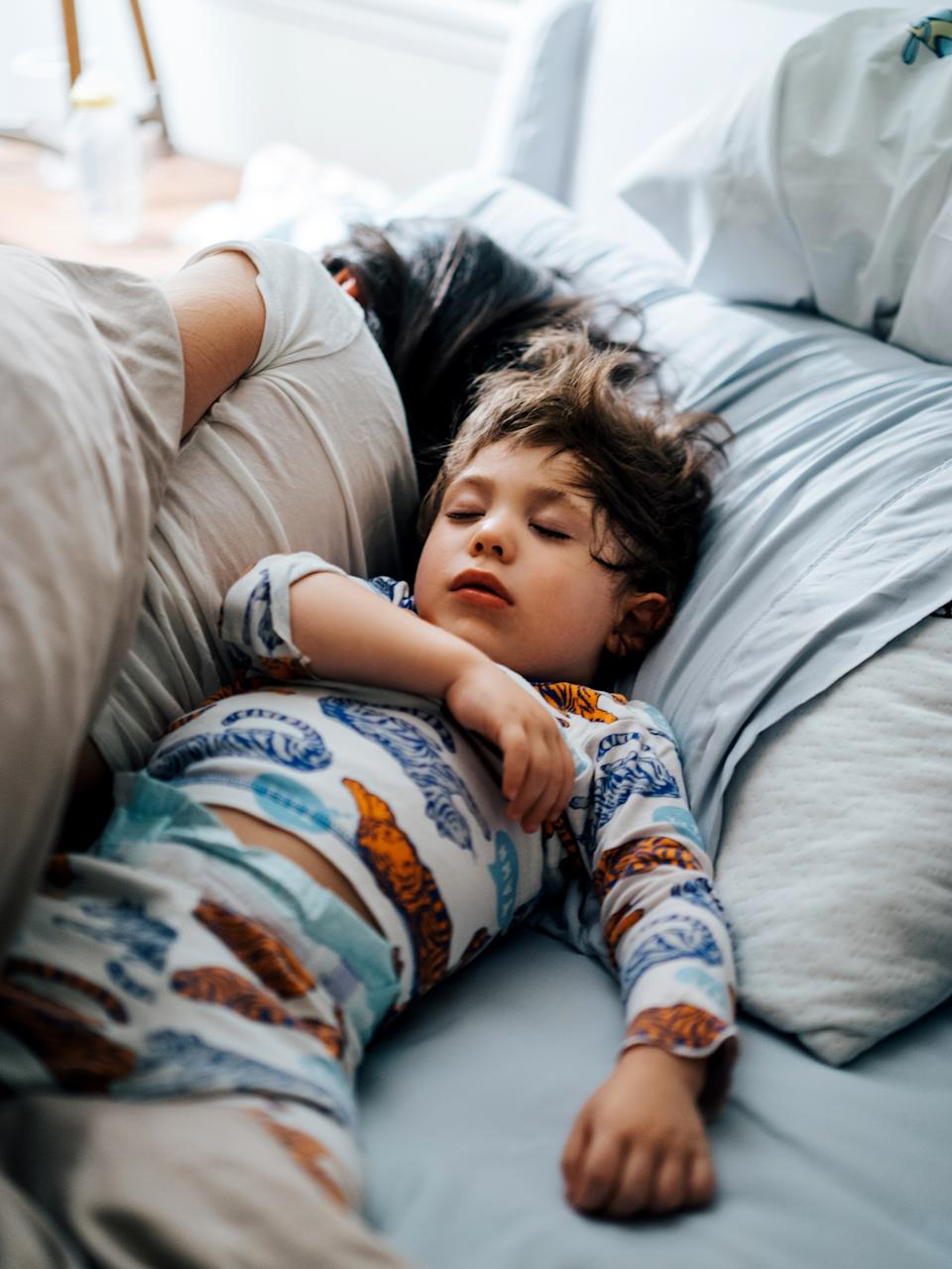 If co-sleeping works for you, great, says an expert. But if it's making you sleep deprived and resentful, it may be time to take a hard look at your kid's bedtime routine. (Photo: Getty Images)