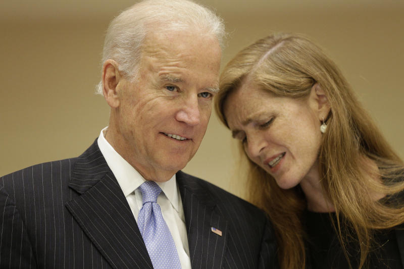 U.S. Vice President Joe Biden talks with U.S. Ambassador to the United Nations Samantha Power before a high-level summit on strengthening international peace operations during the 69th session of the United Nations General Assembly at the United Nations headquarters in New York September 26, 2014. REUTERS/Andrew Gombert/Pool (UNITED STATES - Tags: POLITICS) - GM1EA9R0GTX01