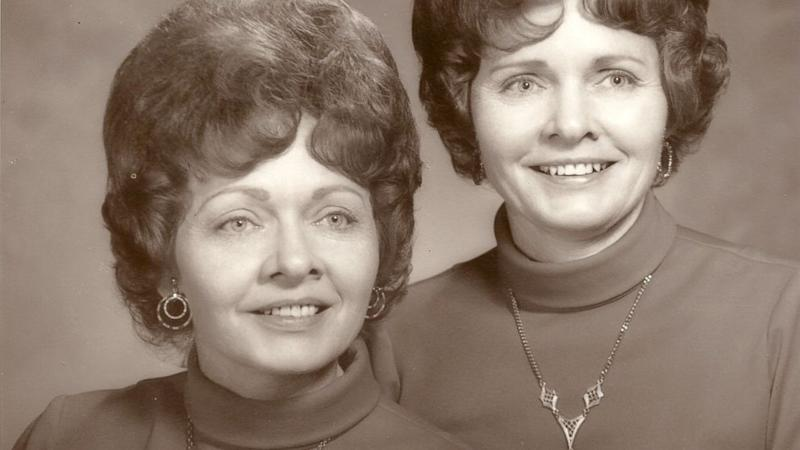 Identical Twin Sisters Die Hours Apart, Family Celebrates Them With Double Funeral