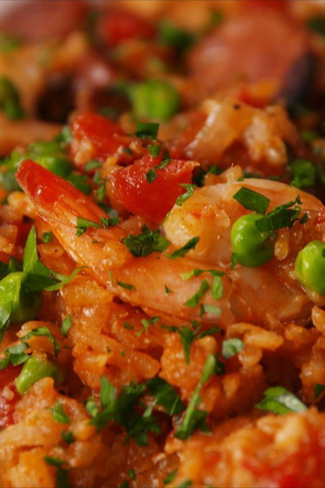 """<p>Paella made easy!</p><p>Get the <a href=""""https://www.delish.com/uk/cooking/recipes/a28852734/slow-cooker-paella-recipe/"""" rel=""""nofollow noopener"""" target=""""_blank"""" data-ylk=""""slk:Slow Cooker Paella"""" class=""""link rapid-noclick-resp"""">Slow Cooker Paella</a> recipe.</p>"""