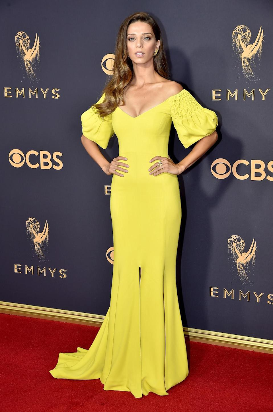 <p>Angela Sarafyan attends the 69th Primetime Emmy Awards on Sept. 17, 2017.<br> (Photo: Getty Images) </p>