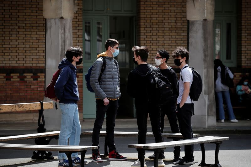 FILE PHOTO: French high school students go back to school in Paris