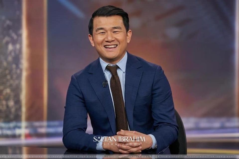 US-based comedian and actor Ronnie Chieng rocketed to cinematic fame when he was cast in 'Crazy Rich Asians' alongside fellow Malaysians Tan Sri Michelle Yeoh and Henry Golding. ― Picture via Facebook/ Sultan Ibrahim Sultan Iskandar