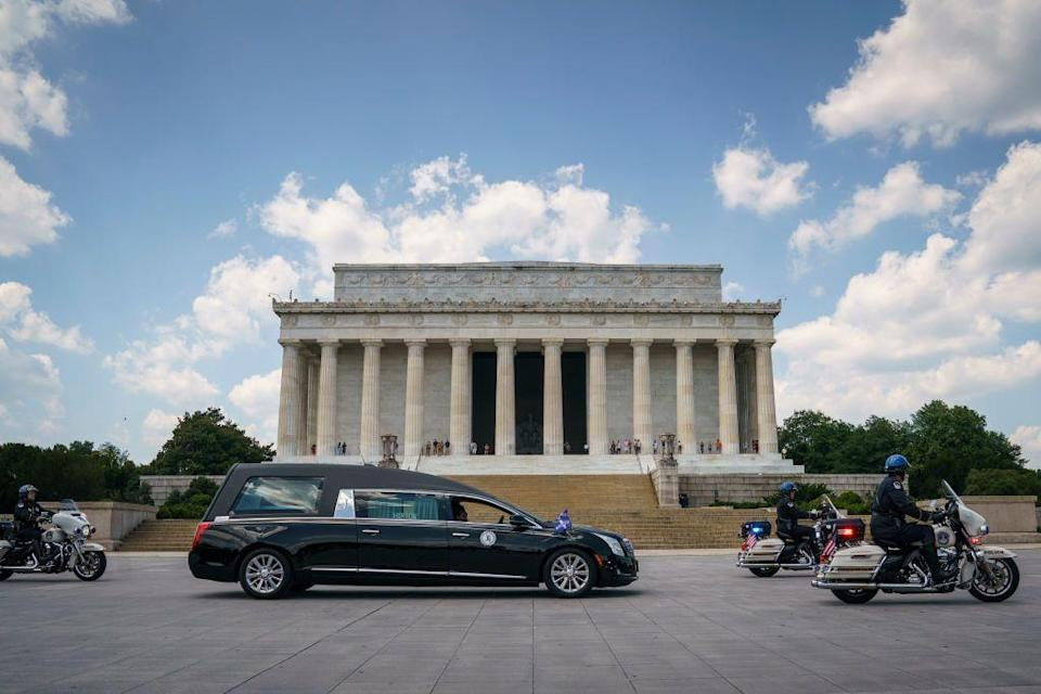 <p>The procession then paused at the Lincoln Memorial Lewis. </p>