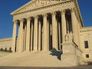 US_Supreme_Court_Building-400x300