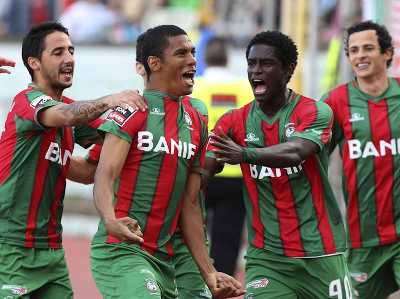 VIDEO: Zainadine Junior scores stunning volley for Maritimo