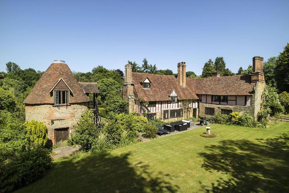 """<p>Looking for a beautiful new countryside home? Well, this gorgeous Grade II listed country house was owned in the 1930s by the Queen Mother's aunt, Alice Bowes-Lyons. </p><p>Here, you'll discover 20 acres of land, four reception rooms, seven bedrooms, an annexe and outbuildings, too. </p><p><a href=""""https://www.knightfrank.co.uk/properties/residential/for-sale/hosey-common-road-westerham-kent-tn16/sev150227"""" rel=""""nofollow noopener"""" target=""""_blank"""" data-ylk=""""slk:This property is currently on the market for £3,500,000 via Knight Frank"""" class=""""link rapid-noclick-resp"""">This property is currently on the market for £3,500,000 via Knight Frank</a>. </p>"""