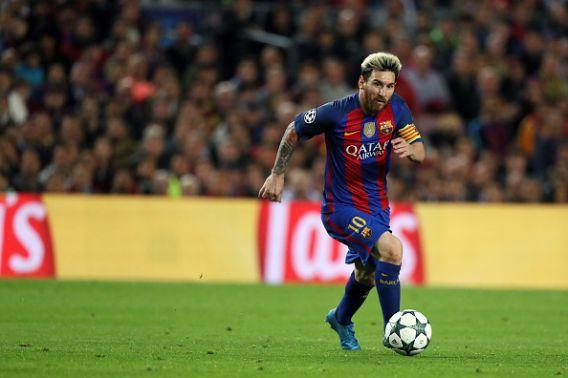 "<p>L'altezza media totale della rosa della Juventus supera di 3,6 centimetri quella del <a href=""https://it.sports.yahoo.com/foto/neymar-geloso-lite-social-con-slideshow-wp-092735855/"" data-ylk=""slk:Barcellona;outcm:mb_qualified_link;_E:mb_qualified_link"" class=""link rapid-noclick-resp newsroom-embed-article"">Barcellona</a>. (Foto Getty Images) </p>"