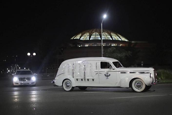 The vintage hearse also carried Franklin's father (Getty)