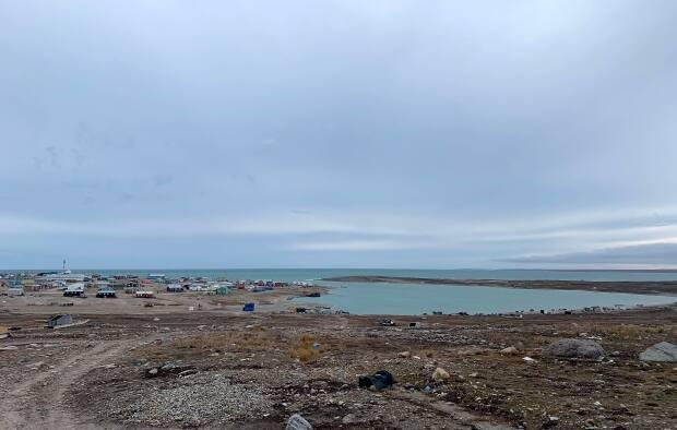 The hamlet of Gjoa Haven, Nunavut, population 1,300. Charles Qirngnirq was a hunter and mechanic, an inquest jury heard Monday, before he was shot by police in 2016, at 21 years old. (Emma Tranter/The Canadian Press - image credit)