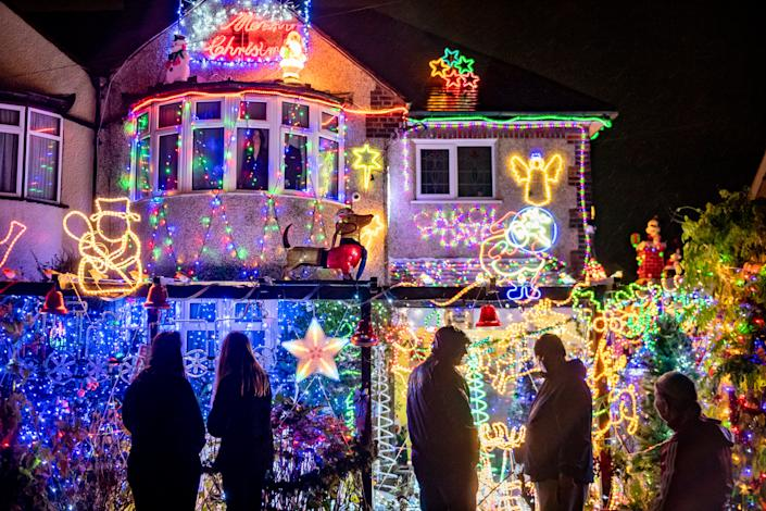 Dave Edwards, known as 'Mr Christmas', died on the eve of his amazing lights being switched on. (SWNS)