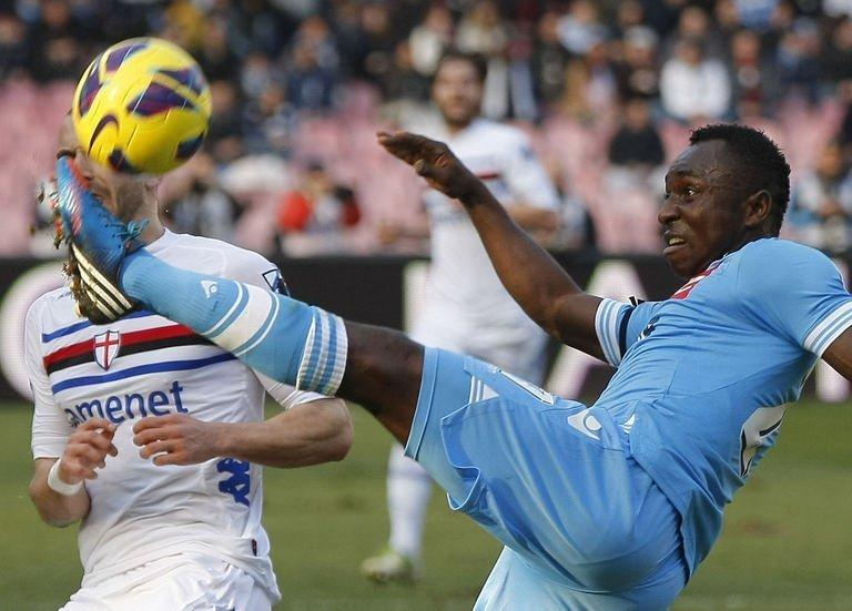Napoli's Colombian forward Pablo Armero controls the ball during the Italian Serie A football match Napoli vs Sampdoria in San Paolo Stadium on February 17, 2013, in Naples. The game ended in a 0-0 draw