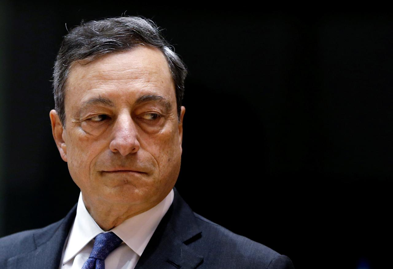 European Central Bank (ECB) President Mario Draghi arrives to address the European Parliament's Economic and Monetary Affairs Committee in Brussels, Belgium, June 21, 2016. To match Analysis ECB-GERMANY/   REUTERS/Francois Lenoir/File Photo