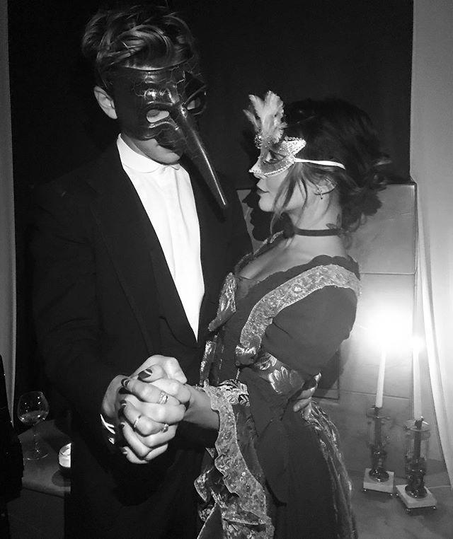 "<p>Costume change! Vanessa dressed in full masquerade gear for Halloweekend look #2, twinning with bae Austin Butler. </p><p><a href=""https://www.instagram.com/p/Bak_A_ADnna/?taken-by=vanessahudgens"" rel=""nofollow noopener"" target=""_blank"" data-ylk=""slk:See the original post on Instagram"" class=""link rapid-noclick-resp"">See the original post on Instagram</a></p>"