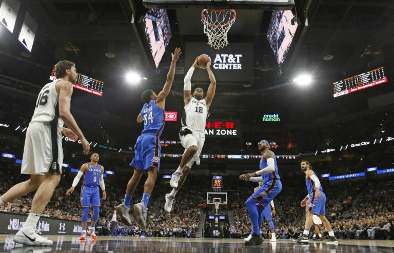 LaMarcus Aldridge (C) was the talisman for San Antonio as the Spurs produced another fightback to topple the Oklahoma City Thunder