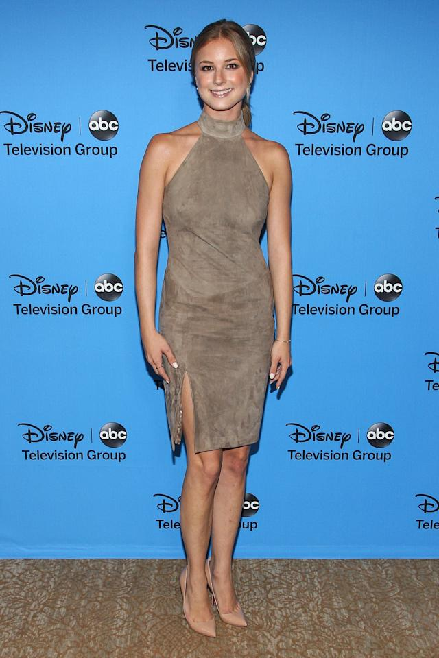 """BEVERLY HILLS, CA - AUGUST 04: Actress Emily VanCamp attends the Disney & ABC Television Group's """"2013 Summer TCA Tour"""" at The Beverly Hilton Hotel on August 4, 2013 in Beverly Hills, California. (Photo by Paul A. Hebert/Getty Images)"""