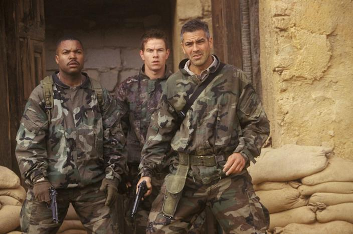 """(L-R) Ice Cube, Mark Wahlberg, and George Clooney in """"Three Kings."""""""