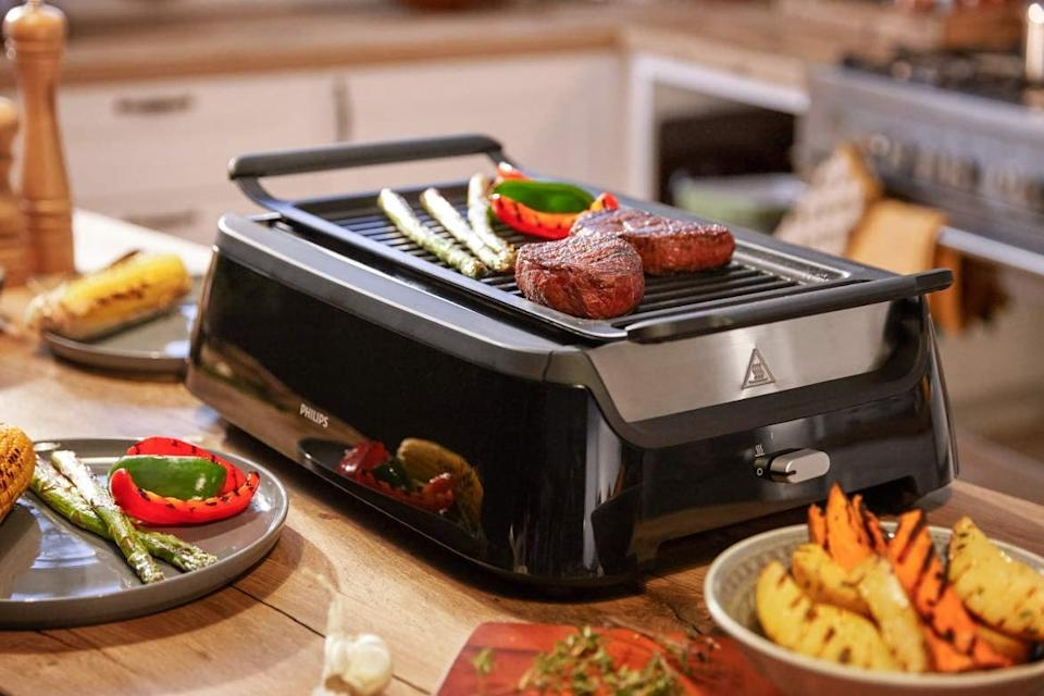 Save 50 percent—Philips Kitchen Appliances Smoke-less Indoor BBQ Grill. (Photo: Amazon)