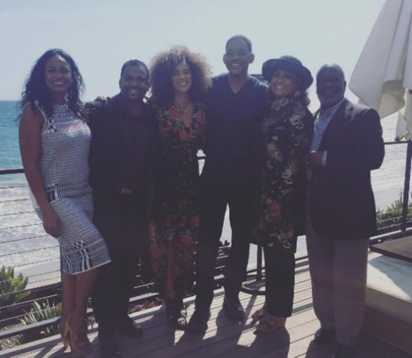 James Avery (Uncle Phil) is sorely missed, but this 2017 Fresh Prince reunion gives us chills.
