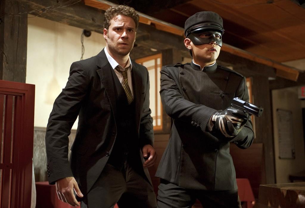 "<b>Seth Rogen : ""The Green Hornet""</b><br />To help him look like superhero ""The Green Hornet,"" celeb trainer Harley Pasternak worked with Seth Rogen — best known at the time for playing schlubby characters in Judd Apatow flicks like ""Knocked Up"" and ""Superbad"" — to whip him into shape. ""We were making him a superhero,"" the trainer told omg! in 2011 after the film came out, ""[taking] him from a doughy stoner to a svelte, handsome, fit superhero."" Pasternak had the now-31-year-old actor on his Five-Factor program, which involves five short intense workouts per week along with three lean-protein-heavy meals and two snacks per day. Rogen shed 30 pounds."