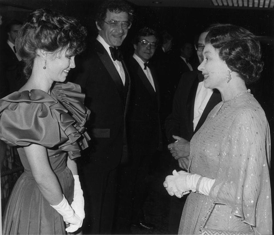 <p>At the premiere of <em>Absence of Malice</em>, Sally Field did what any honorable woman of the '80s would do. She rocked her biggest puff sleeves for the Queen.</p>