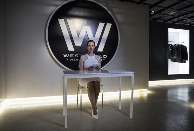 The main room of 'Westworld: The Experience' (Photo: Westworld NYCC)