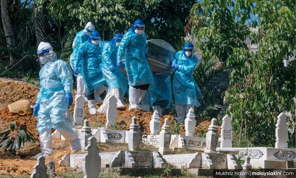 MPs, activists lodge police reports against ministers for pandemic 'negligence'